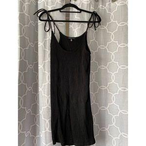 Black Kendall & Kylie mini dress w tie straps